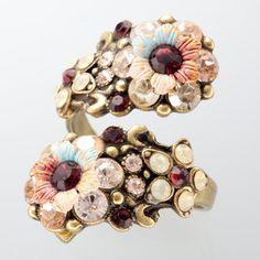 flower motif ring / ShopStyle: Michal Negrin(ミハエル ネグリン) スクリューリング