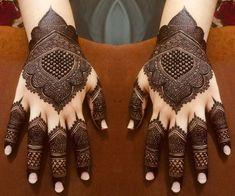 Simple Mehndi Designs Fingers, Kashee's Mehndi Designs, Rajasthani Mehndi Designs, Pretty Henna Designs, Back Hand Mehndi Designs, Latest Bridal Mehndi Designs, Stylish Mehndi Designs, Mehndi Designs For Girls, Wedding Mehndi Designs