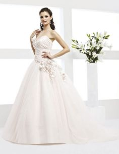 BILL LEVKOFF - STYLE 21201 Fabric: New Taffeta/Tulle Colour: Ivory or Pearl Ivory