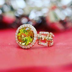 Don't be afraid to spoil yourself  #dropdeadgorgeous  #ericacourtney #showmeyourrings #jewelrystateofmind  #lovegold #luxury #luxurybyjck #jewelry #jewelrydesign #jewels #diamond #diamonds #custom #love #stunning #beautiful #color #finejewelry #highendjewels #ringoftheday #dreamring #losangeles #gemstones #blingbling #wow #diamondjewelry #instajewels #diamondsareagirlsbestfriends #wishlist #sparkle