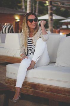 Zara, Pantalones blancos, Jeans, Anniel, Sarenza, camiseta rayas, dior mohotani, optifactory, queen's Wardrobe, Bimba y lola