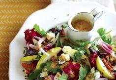 Salade de roquette et de radicchio au fromage de chèvre et à la poire | Coup de Pouce