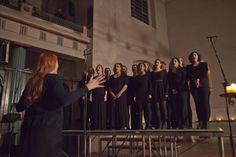 The OneTaste Choir in action