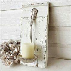 Ein Kerzenhalter mal anders ..... :) Zusammengebastelt aus einen Stück Holz und einer alten Suppenkelle