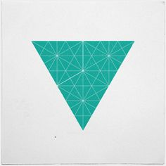 #162 Invader – A new minimal geometric composition each day