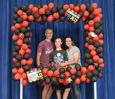 Diy party photo booth made with balloons baloon backdrop, diy backdrop, pho College Graduation Parties, Graduation Diy, Graduation Decorations, Grad Parties, Birthday Parties, Graduation Celebration, Graduation Photos, Birthday Ideas, Diy Party Photo Booth