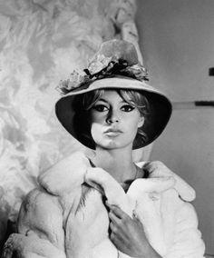 Brigitte Bardot, hat by Jean Barthet. French Elle, Paris, 1961.