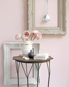 While waiting for spring, the decor is pastel cheek! #cheek #decor #pastel #spring #waiting #while
