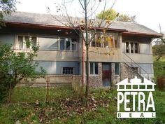 Fotka #1: PREDAJ : ponúkame starší rodinný dom neďaleko Banskej Bystrice a Brezna