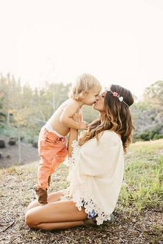So cute! I wanna take a pic like this with Cayden!