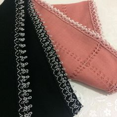 Mücevher Gibi Parlayan Tığ İşi Boncuklu Oya Modelleri Chain, Diamond, Silver, Jewelry, Fashion, Needlepoint, Bead Crochet, Flower Crochet, Floral Patterns