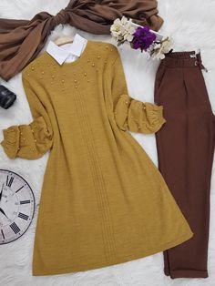 Modest Fashion Hijab, Modesty Fashion, Abaya Fashion, Muslim Fashion, Fashion Outfits, Womens Fashion, Viernes Casual, Woolen Clothes, Hijab Fashion Inspiration