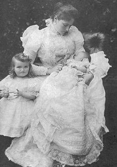 1897 Alexandra, Olga, and Tatiana