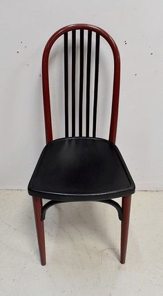 Chaise Vintage En Bois Peint 1940 1950 Antiquites Lecomte Chaise Vintage Chaises En Bois Peintes Bois Peint