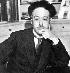 Ses travaux sur la nature ondulatoire des électrons font de lui le physicien qui a associé une onde aux particules massiques. En 1933, il obtient la chaire de théories physiques de l'Institut Henri-Poincaré, succédant à Léon Brillouin et est élu membre de l'Académie des sciences dont il deviendra secrétaire perpétuel en 1942. Le 12 octobre 1944, Louis de Broglie est élu à l'Académie française