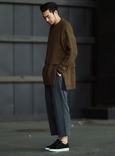 Mens Oversized Shannon Sweater at Fabrixquare http://www.99wtf.net/men/mens-fasion/idea-dress-men-dark-skin/