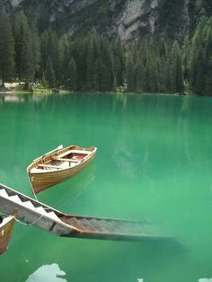 the pragser wildsee, lago di braies, italy