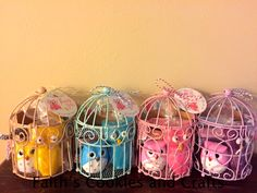 I created these cute little Owl themed Birthday party favors.... found the birdcages at @michaelsstores. Made the Owl candies and added #twine from #PYP. #elastic from #PYP also. Cute little owl printables from @nestforless   http://howtonestforless.com/2012/07/05/owl-themed-birthday-party-with-free-printables/