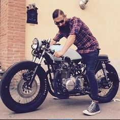 "461 Likes, 4 Comments - Garage Kulture (@garagekulture) on Instagram: ""Change the style change the life . . Tag #garagekulture . . #kustomkulture #biker #oldbiker…"""