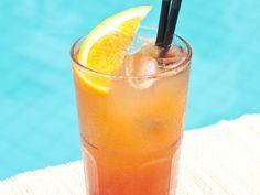 pamplemousse, jus d'orange, jus de citron, jus d'ananas, grenadine, limonade Cocktail Tequila Sunrise, Cocktail Rose, Ginger Ale, Healthy Eating Tips, Healthy Nutrition, Gin Cocktail Recipes, Cocktails, Drink Recipes, Cocktail
