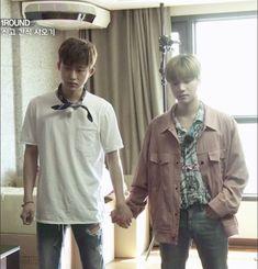 Jinwhan looks short next to Hanbin but Hanbin looks small next to Jinwhan. Running Ahead, Kim Jinhwan, Kim Dong, Korean Celebrities, Yg Entertainment, Handsome Boys, My Sunshine, Shinee, Memes