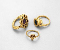 Three of twenty-two finger-rings forming part of a remarkable hoard of late-Roman gold jewellery and silver tableware found near Thetford, Norfolk, in 1979. #Norfolk #Rome #Roman #Thetford.