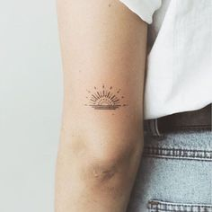 TATTOO INSPO 〰 Obsessed with small tatts // @kalula_tattoo #PrincessPolly