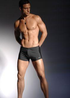 Cautare model MAN PHOTO