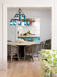 House of Turquoise: Sara Chandelier Country Modern Home, Country House Interior, Nantucket, Grey Wall Decor, Shingle Style Homes, House Of Turquoise, Dining Room Design, Dining Rooms, Luxury Interior Design