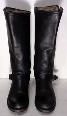 FRYE 77605 VERONICA SLOUCH BLACK LEATHER MOTORCYCLE BOOTS WOMEN'S SIZE 8.5 Price: $209.99 #Motorcycle Boots #Biker Boots #Fashion #Harness Boots #Engineer Boots At Eagle Ages we love motorcycle boots.  You can find a great choice of second hands motorcycle boots in our store https://eagleages.com/shoes/boots/women-boots/cowboy-boots.html