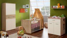 Babyzimmer WINNIE  Modernes Babyzimmerprogramm in der Farbkombination Sonoma Eiche kombiniert mit Weiß. Kombination besteht aus Kleiderschrank, Babybett, Kommode, Wickelauflage und Wandregal. Preis ohne Matratze und Dekoration.