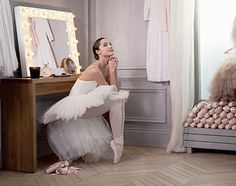 2013: Repetto launches its first Perfume, L'Eau de Toilette, delicate blend of Pear and Cherry Blossom, Rose and Orange Blossom and Vanilla and Amber Wood. It subtly evokes the grace, the lightness and the femininity of Ballet Dancers. In 2014, L'Eau de Parfum makes its debuts.
