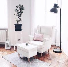 Kuschelige Leseecke | Pinterest | Reading nooks, Living rooms and Corner