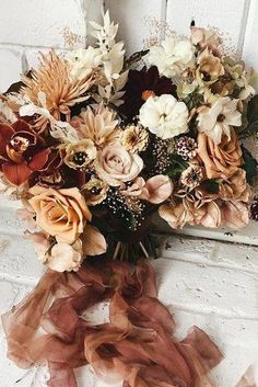 Rust wedding bouquet with terracotta hues Rust wedding color palette is trending for 2020 weddings. Bridal Bouquet Fall, Fall Wedding Flowers, Bridesmaid Bouquet, Floral Wedding, Wedding Colors, Wedding Bouquets, Plaid Wedding, Autumn Wedding, Christmas Wedding