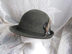 Rein haar Hat  Vintage Green Wool Felt Yodeling by jonscreations