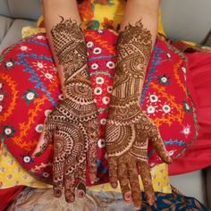 17 Best Rajasthani Mehndi Designs for Hands - Mehndi YoYo Rajasthani Mehndi Designs, Dulhan Mehndi Designs, Hand Mehndi, Mehndi Designs For Hands, Hand Tattoos, Design Inspiration, Layout Inspiration, Hand Mehndi Design, Arm Tattoos