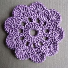 Learning how to crochet beautiful patterns. non-cash = single crochet Art. s / n = double crochet Art. = double crochet R. Crochet Puff Flower, Crochet Flower Patterns, Crochet Designs, Crochet Flowers, Crochet Crafts, Yarn Crafts, Easy Crochet, Crochet Projects, Tutorial Crochet