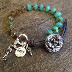 Mermaid Knotted Leather Wrap Bracelet Hope por TwoSilverSisters
