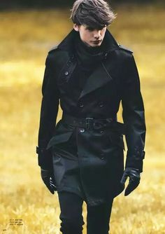 You Need To Know About The Timeless Trench Coat Know more about the iconic style trend that is the trench coat!Know more about the iconic style trend that is the trench coat! Look Fashion, Winter Fashion, Womens Fashion, Fashion Trends, Fashion Black, Fashion Coat, Fashion Ideas, Men Fashion Design, Guy Fashion