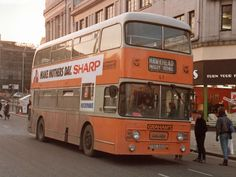 The Hawkhead service in Paisley town centre. Paisley Scotland, Classic Trucks, Glasgow, Old Things, Buses, Coaches, Pictures, Centre, Childhood