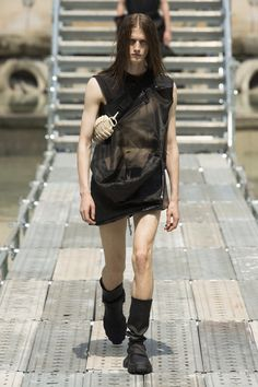 Rick Owens Spring 2018 Menswear Fashion Show Collection