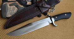 Custom Bowie Knives, Custom Knives, Cool Knives, Knives And Swords, Handmade Knives, Useful Life Hacks, Fixed Blade Knife, Survival Knife, Knife Making