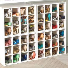 new Ideas cleaning closet organization organisation Organizing Purses In Closet, Mens Closet Organization, Apartment Closet Organization, Diy Organisation, Cleaning Closet, Shoe Organizer, Organizing Ideas, Storage Organization, Entryway Shoe Storage