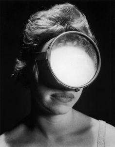Portrait of a woman wearing a scuba diving mask, Portret kobiety w masce do nurkowania, Andreas Feininger Scuba Diving Mask, Diving Helmet, Best Scuba Diving, Diving Suit, Diving Pool, Cave Diving, Rudolf Nureyev, Richard Avedon, Anne Laure