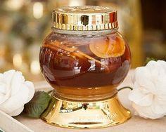 Sâm Ngọc Linh ngâm mật ong là sản phẩm dưỡng nhan hiệu quả được phái đẹp ưa chuộng
