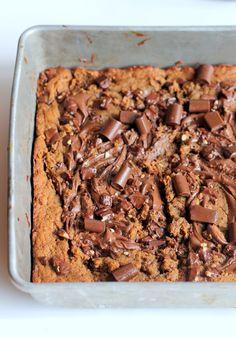 Nutella-Swirled Chocolate Chunk Peanut Butter Blondies (better than PB, Walmart nutella, egg whites)