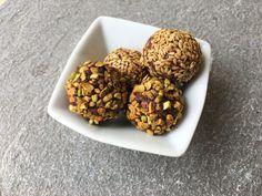 Energy balls dattes amandes cacao                                                                                                                                                                                 Plus