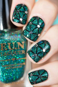 Secret (Fun Lacquer) - Stamping Noir - Paillettes octogonales