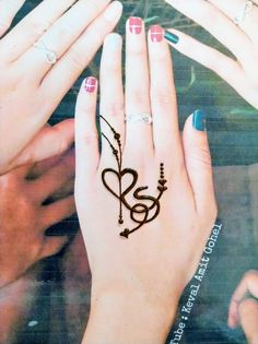 It is about new, trendy, creative mehndi designs and mehndi tattoo designs. Henna Tattoo Designs Simple, Floral Henna Designs, Finger Henna Designs, Henna Art Designs, Mehndi Designs 2018, Mehndi Designs For Girls, Mehndi Designs For Beginners, Mehndi Design Photos, Wedding Mehndi Designs