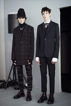 DIOR HOMME WINTER 2016/2017 SHOW / Collections and fashion shows / Man / Dior official website
